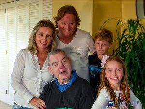 Sr. Acírio e família