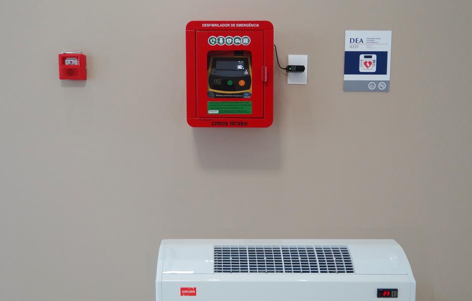 Desfibrilador Automático de Emergência